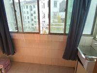1731紫云小区4楼53.72平2室1厅标准套型自行车库5.3平满两年报价65万