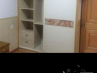 爱山中介仁北家园1室1厅1卫精装1600元