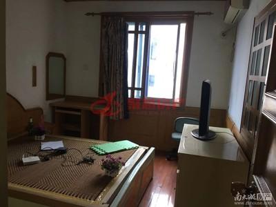 紫云花园良装,车库7平两室两厅明厨卫阳台,户型好,满五唯一