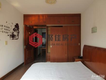 潜庄公寓5楼带阁楼,二室二厅,良装,附小四中双校区,满二年,手机微信同号