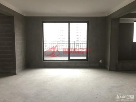 急售金龙家园 毛坯三室二厅户型好位置佳