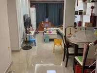 滨河南区4楼送露台 自行车库22平可以做店面 81平方三室两厅两卫自住精装