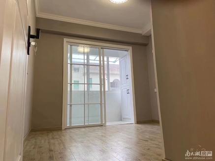 2540本店出售:紫云小区 四楼半56.77平欧式精装二室朝南68.8万满二年