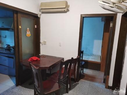 二室半一厅,一般装修,带院子