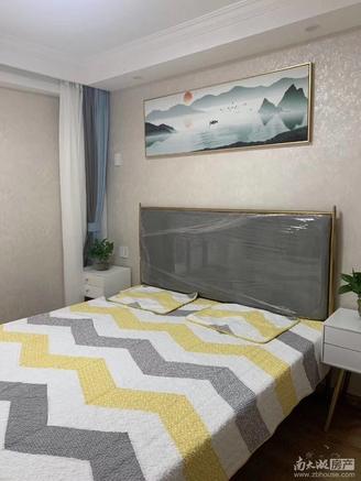 青塘小区1楼45平米带院子30平米现代精装63.8万