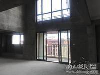 祥生悦山湖稀缺顶跃,产证175方,带车位300万,使用面积240方,临河景观房