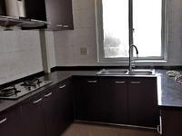 出租:金湖人家4楼 77平 二室 拎包入住 2000/月