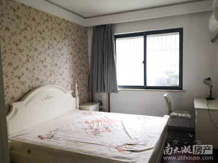天盛花园 7楼 126.7平方,三室二厅二卫精装 有照片 报价220万车位22万