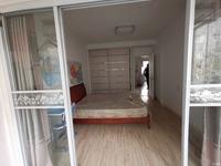景鸿铭城单身公寓9楼,精装修,拎包入住,1700月
