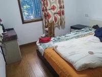 港湖花园3室2厅103平米良好装修123.8万