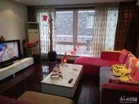 阳光城中间楼层 5F,精装三室二厅二卫,拎包入住