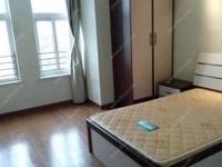 春江名城四楼东边套两室一厅精装修,朝南带阳台,家电齐全,超低价急售