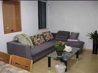 东湖家园6楼66平米1600元/月精装,家具家电齐全13905729621