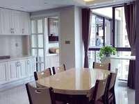 汎港润园中间楼层三室自住精装 带双阳台 明厨明卫 沿河景观房 满两年