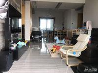 碧桂园.滨湖城 稀缺次顶楼 3室2厅2卫 精装修 含两个车位总价140万