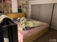 湖师附小小面积学区房,精装修全景落地窗,看中价格可协商
