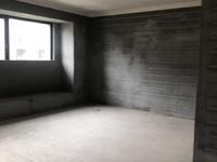 祥生悦山湖洋房,四房,房间坐落四个角,119平,带储藏室,带产权车位,212万