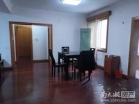 富田家园 3室2厅1卫 精装修 租2600元