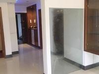 3067 飞英家园2楼/3楼 136平三室两厅两卫精装家具家电齐3500看房方便