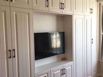 14金色水岸26楼一室一厅精装品牌家电齐全2400/月