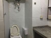 3231 吉山新村1楼单间带卫20平 良好装 空调 热水器 床 就衣柜 850