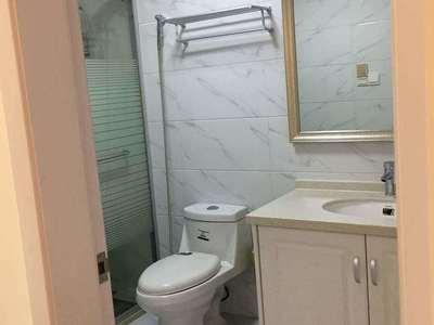 天际9楼87平二室精装3500/月