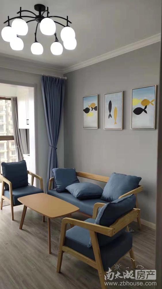 湖东府20楼自住精装2室2厅2台空调另外家电家具齐全2600/月