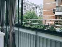 出售都市家园1期74平,2楼,标准3室边套,豪华精装,103