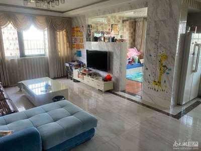 风雅萍洲7楼137平3室精装180万
