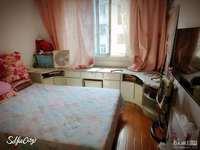 金泉花园好房出售,居家精装修。明厨明卫南北通透,满5唯一,单价低于市场价看房方便