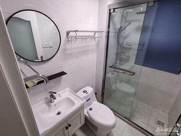 双渎家园电梯房 二室一厅一厨一卫居家精装 家具家电齐全 拎包入住 月租2100