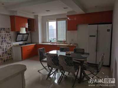 本店出售亿丰和盛家园,70年产权,居家精装,2室2厅,价格可以协商。