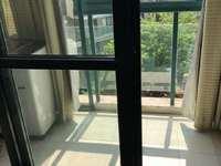 百合公寓4楼电梯房37.81平42.8万,朝南,满两年,