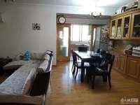最新急售:龙溪苑2 6F,101平米,车库独立,精装,三室二厅