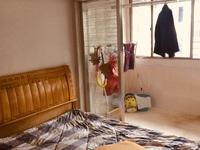 西白鱼潭4楼精装2室2厅2台空调另外家电家具齐全2200/月价格可协