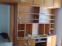 铁路新村3楼50平米 良装1.5是1厅2台空调热水器家具1200/月