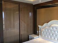 悦龙湾,房东低于市场价15万出售,全新装修,中央空调,智能马桶!