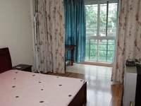 C561美欣家园多层4楼1室1厅中等装修 家具家电齐全 1500元/月