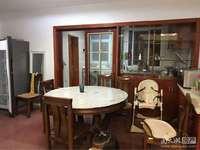 出售:湖东小区附小学区房,5楼,104平110万,满五,三室朝南。