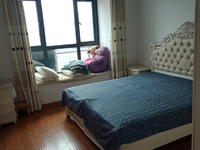 天元颐城 二室二厅 90平 精装 空,热,彩,冰,洗,床,家具 3000元