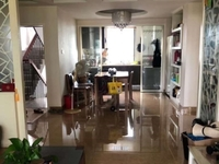 出售:米兰花园学区房,118平,190万,精装,三室两厅两卫。满5年。