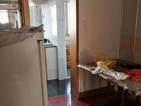 潜庄公寓 三室二厅 65平 良装 空,热,彩,冰,洗,床,家具 1650元