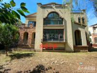 天玺独立别墅,院子500平,产权610平米,1100万。
