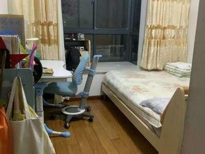 天盛花园10楼精装3室15557270737