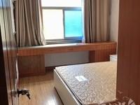 吉山四村3楼,居家装修,干净清爽,交通购物方便
