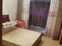 东湖家园65方两室两厅精装修 租金2000 看房方便