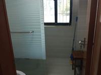 仁北家园 三室二厅 110平 精装 空,热,彩,冰,洗,床,家具 2300元