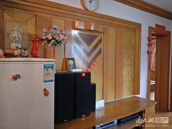 紫云小区2F 良装 二室半一厅明厨卫 独立自行车库