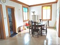 二室二厅,良装,车库15平米