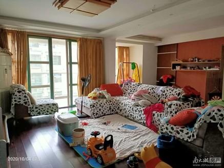 星海名城多层5楼带阁楼,产权面积179.71平方,带南北大露台,居家精装